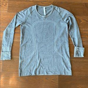 Long Sleeve Workout/everyday Shirt sz 12 like new